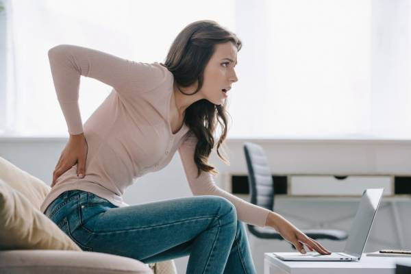 How to look after your back when you work at home