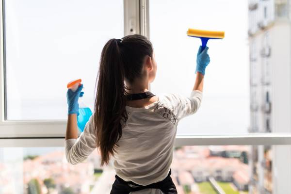 5 Ways To Save Money On Home Cleaning