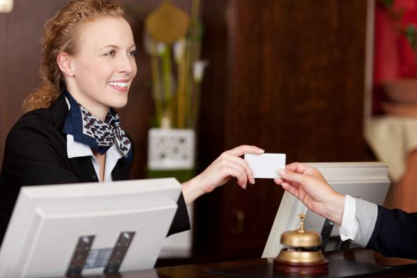 6 Good Reasons To Implement Technology Into Your Hospitality Business